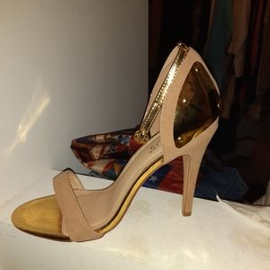Biegel and gold heels (#5)